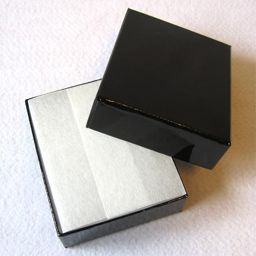 ブラックの箱